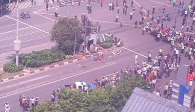 Foto-Foto Ledakan Bom Sarinah Thamrin Beredar di Media Sosial