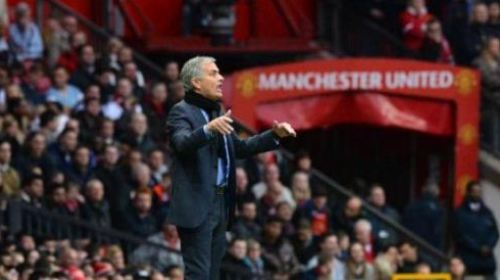 Mourinho Tandatangani Kontrak dengan Manchester United Jumat