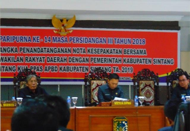 Rapat Paripurna Ke 14 masa Persidangan Ke III DPRD Sintang