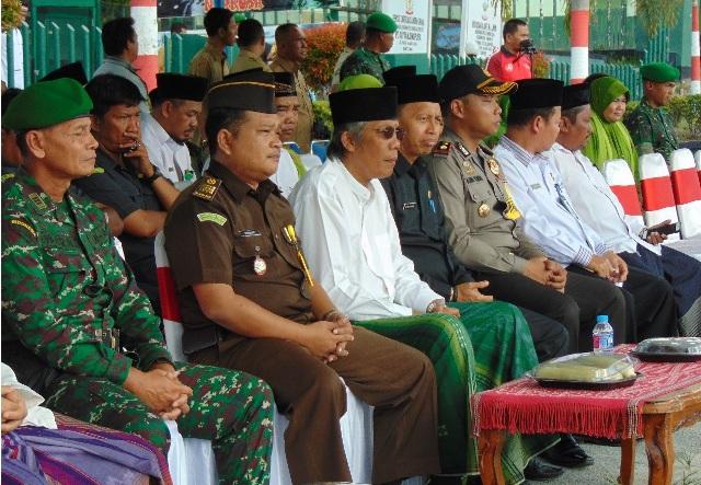 Ketua DPRD Kabupaten Sintang Hadiri HUT Santri Nasional Di Sintang