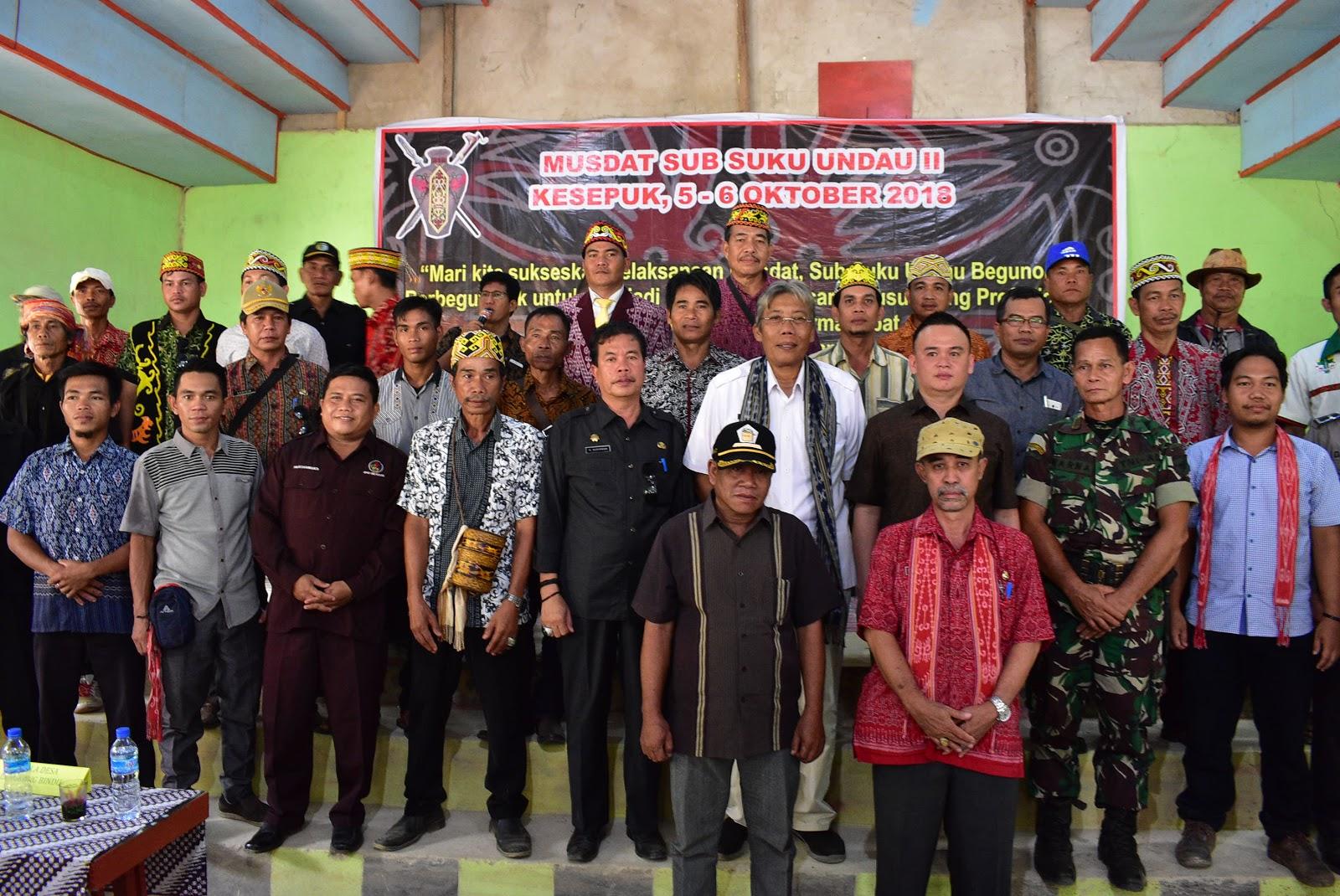 Bupati Buka Musyawarah Adat  Sub Suku Undau Desa Lengkong Bindu Kecamatan Kayan Hilir