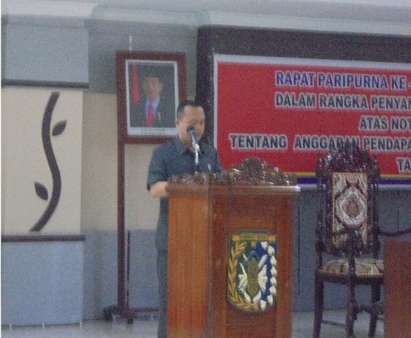Hari ini, Pandangan Umum Fraksi DEMOKRAT pada Paripurna Ke 16 Kabupaten Sintang