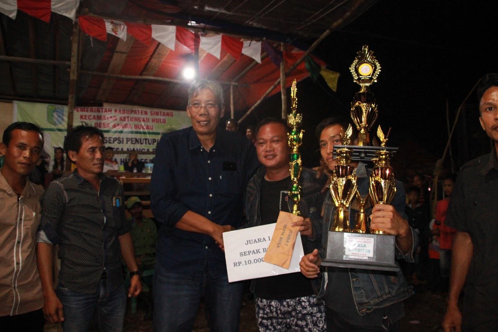 Bupati Tutup Rangkaian Turnamen HUT Desa Nanga Bugau