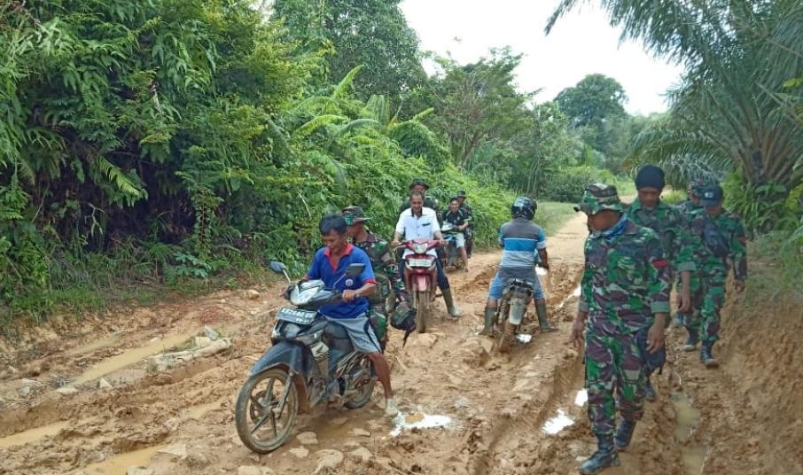 Kekompakan Prajurit dan Warga Dukungan Penuh TMMD Ke 104 Kodim 1204/Sanggau