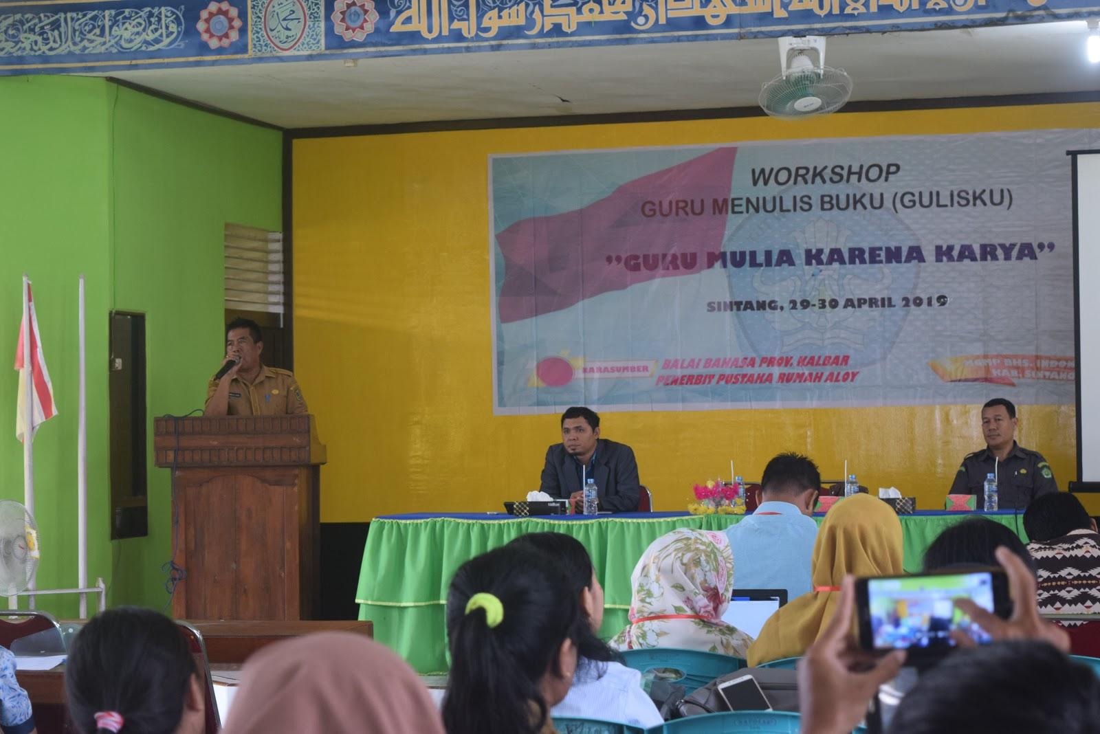 Staf Ahli Bupati Buka Workshop Menulis Bagi Guru Bahasa Indonesia
