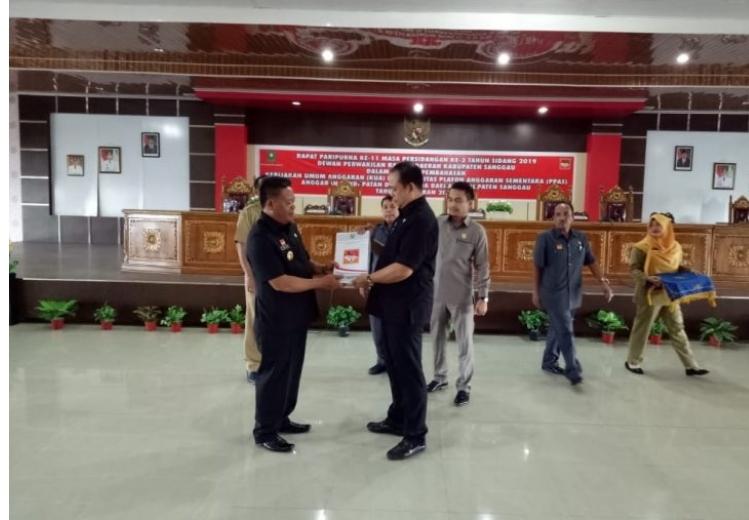 DPRD Sanggau Gelar Rapat Paripurna Pembahasan APBD 2020