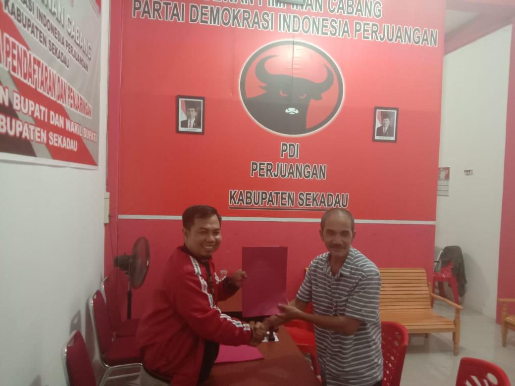 Drs.H.Gusti Arman M.Si daftar Bakal Calon Wakil Bupati Sekadau