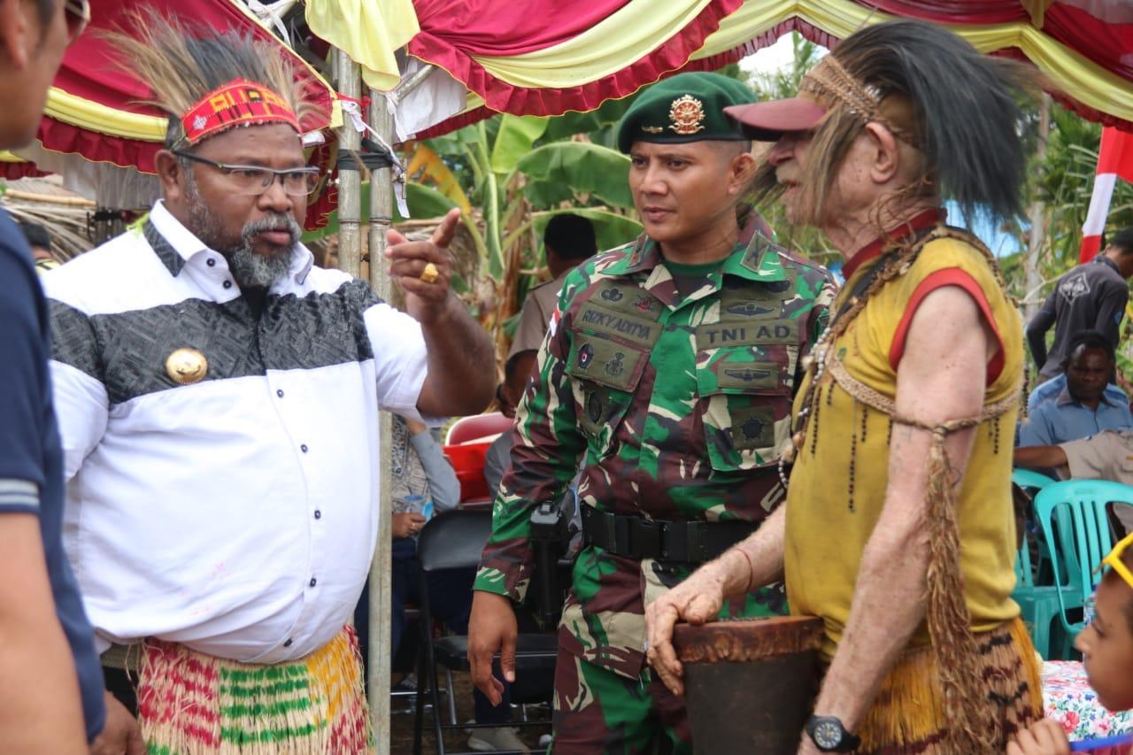 Dansatgas Pamtas RI-PNG Yonif 411 Kostrad Hadiri Festival Budaya Perbatasan Suku Kanum
