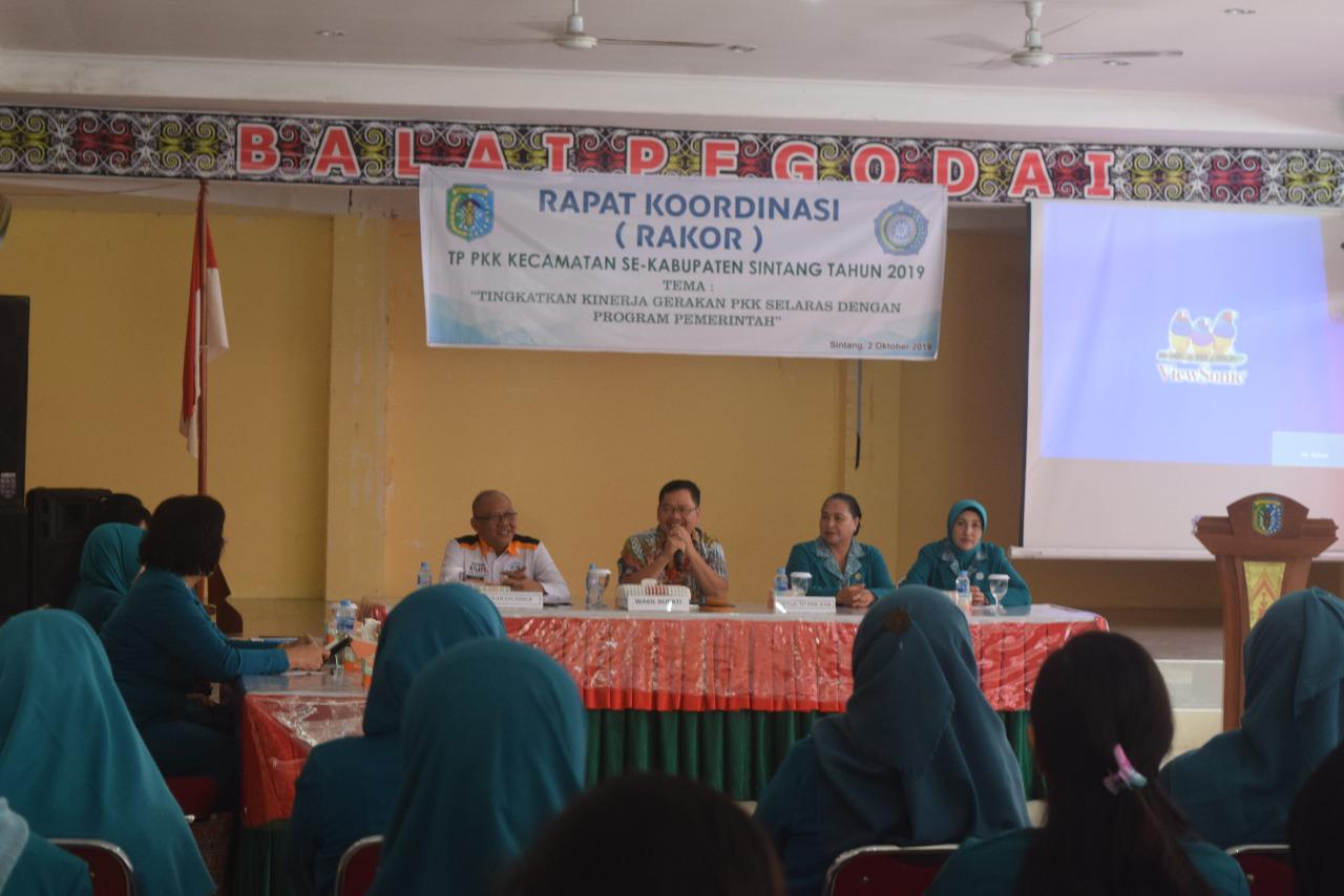 Askiman Buka Rakor PPK Se Kabupaten Sintang