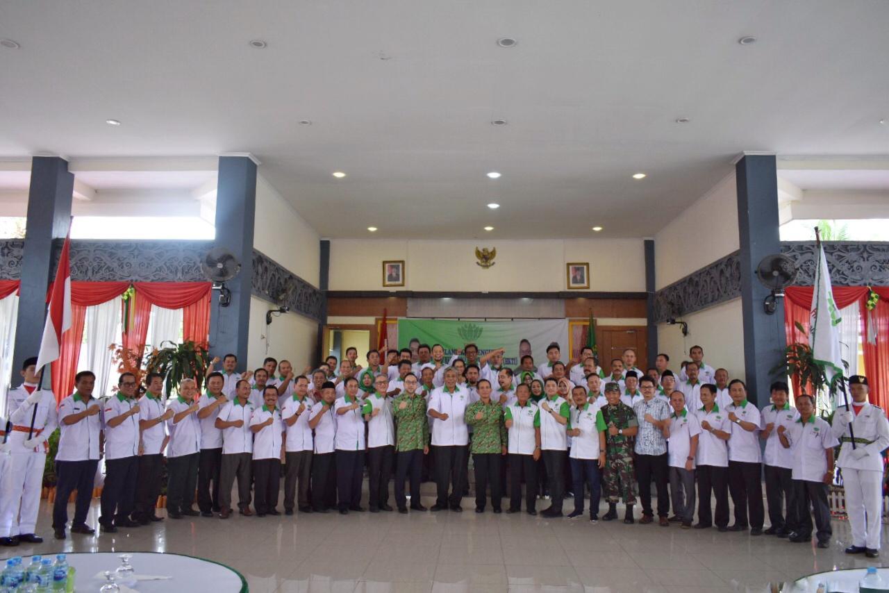Bupati Sintang Hadiri Pelantikan Kepengengurusan HKTI Kabupaten Sintang
