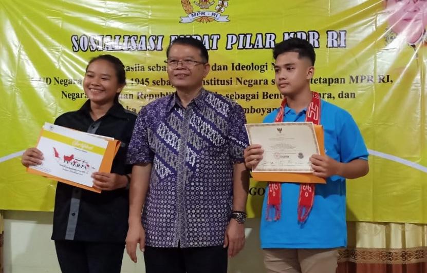 Dr.DRS Adrianus Asia Sidot M.S.i DPR RI Periode 2019-2024 Lakukan Sosialisasi Empat Pilar di Sanggau