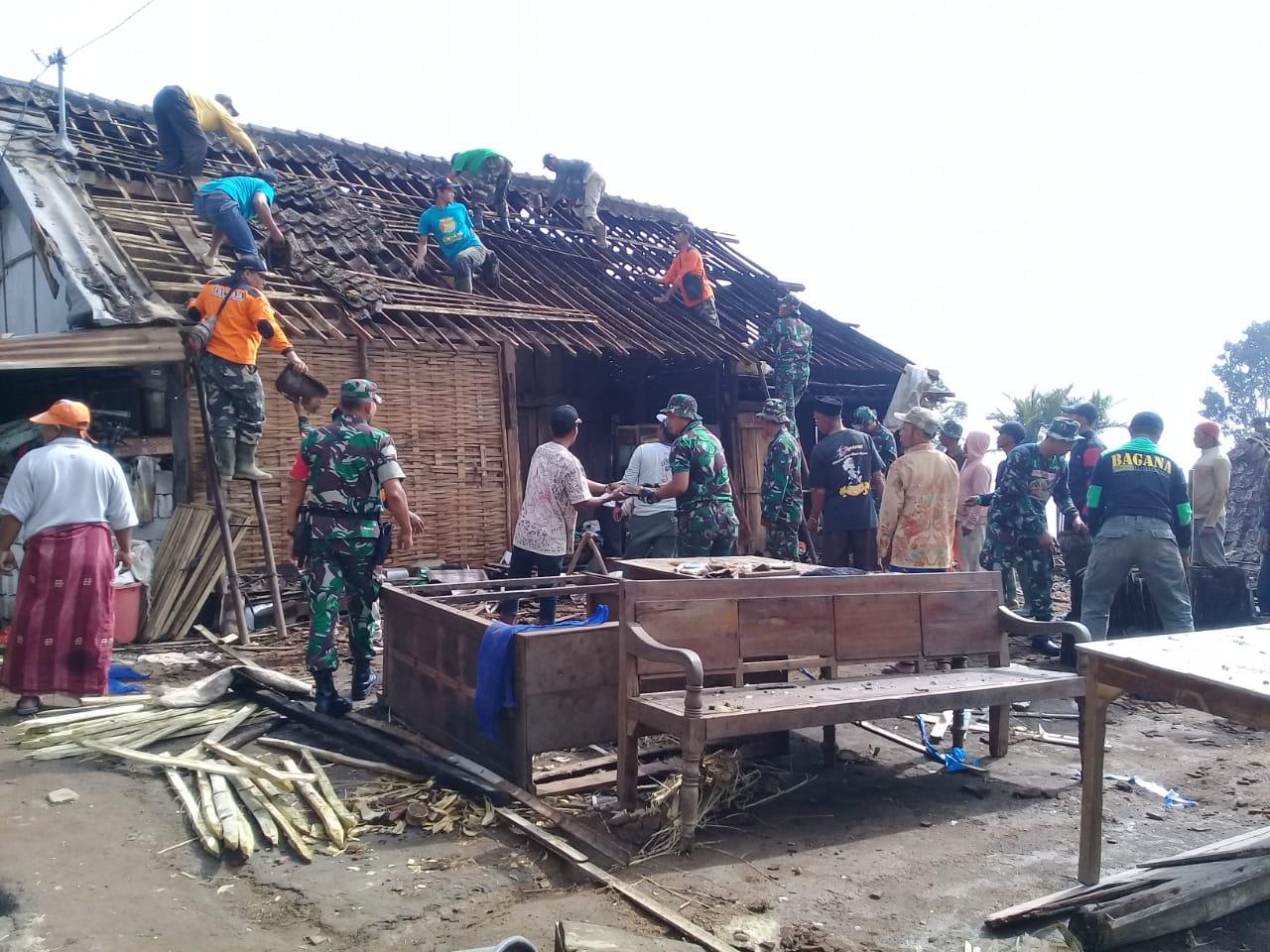 Pasca Puting Beliung Di Windusari, Kodim Magelang Bersama Pemda Lakukan Tanggap Darurat
