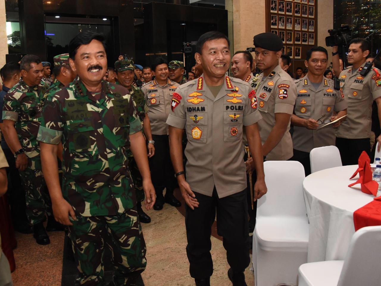 Panglima TNI dan Kapolri Pantau Pengamanan Malam Tahun Baru 2020