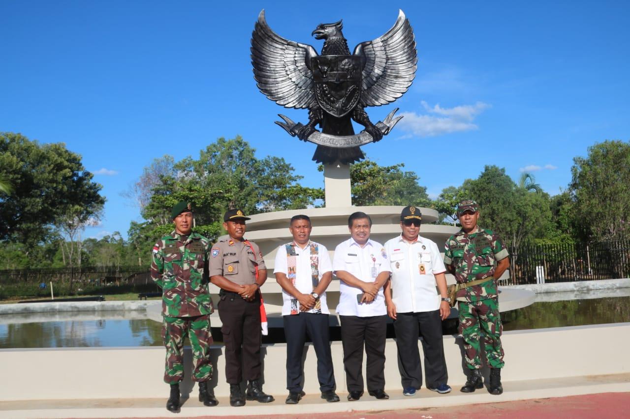 Kasdam XII/Tpr Hadiri Ziarah HUT ke-63 Pemprov Kalbar di TMP Dharma Patria Jaya