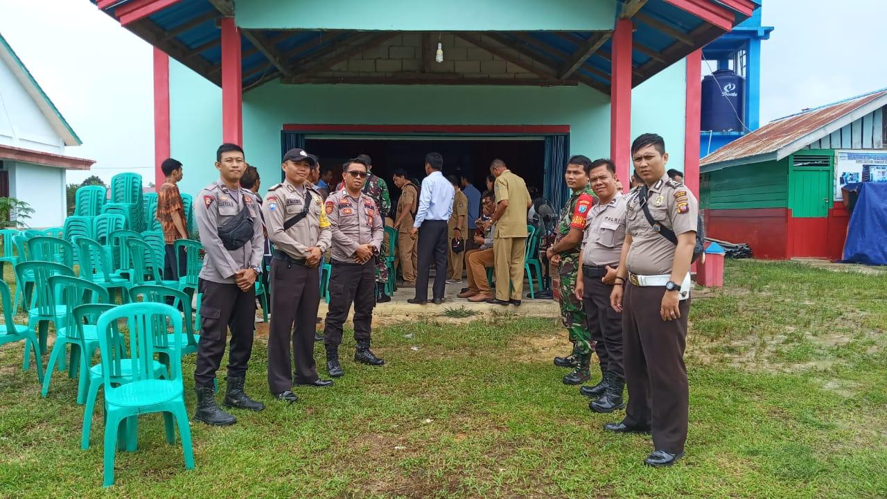 LOMBA DESA DIMABOH PERMAI, TNI-POLRI BERSINERGI AMANKAN KEGIATAN