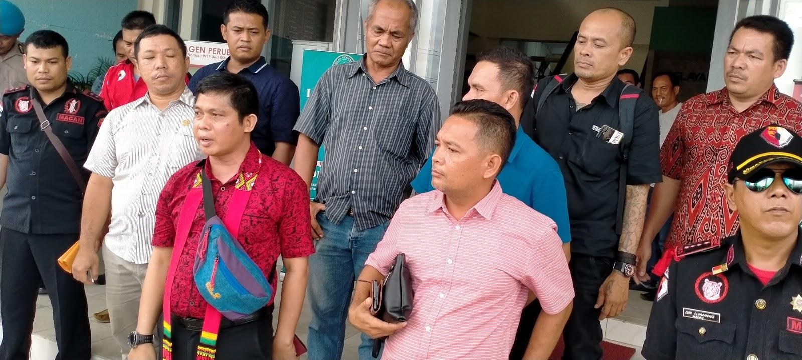 Bela Peladang DAD Akan Lakukan Ritual Adat di Depan Pengadilan Negri Sanggau