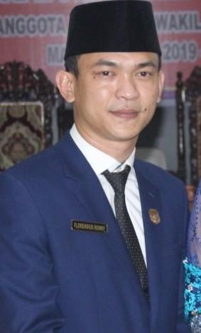 Sambangi Posko Korona, Ini Kata Ketua DPRD Sintang