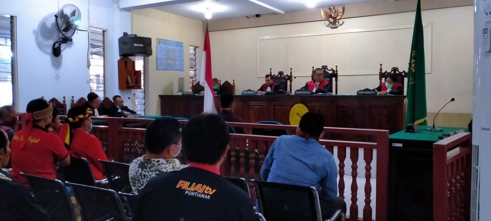 Kedua Terdakwa Kasus Karhutla di Putuskan Penjara 2 Bulan 1 Hari dan denda 1 Juta Rupiah Dinyatakan Bersalah Akibat Kelalaian