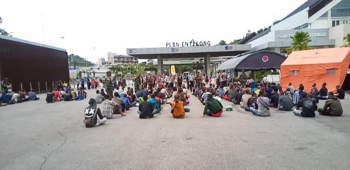 252 Orang WNI Non Prosedural di Pulangkan Melalui PLBN Entikong