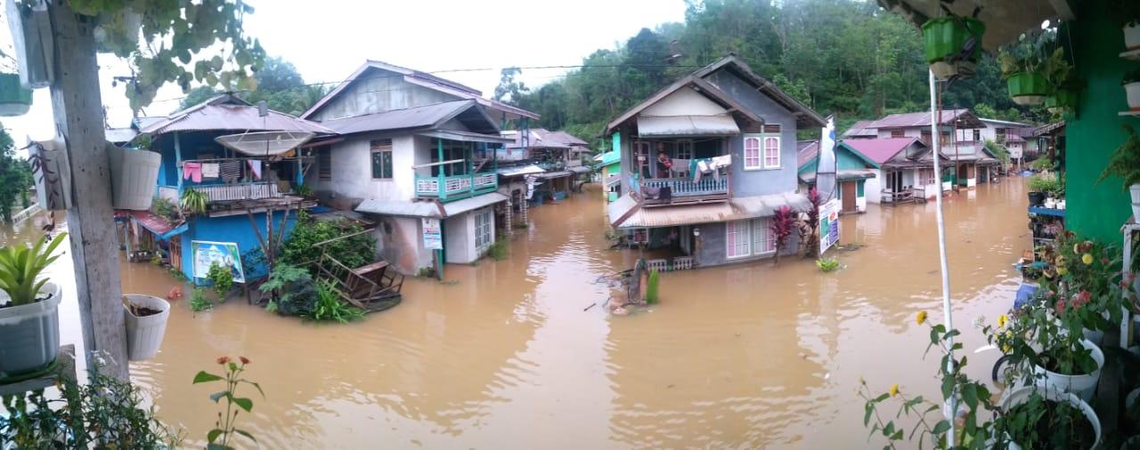 18 Desa,di Kecamatan Sayan Kabupaten Melawi Terndam