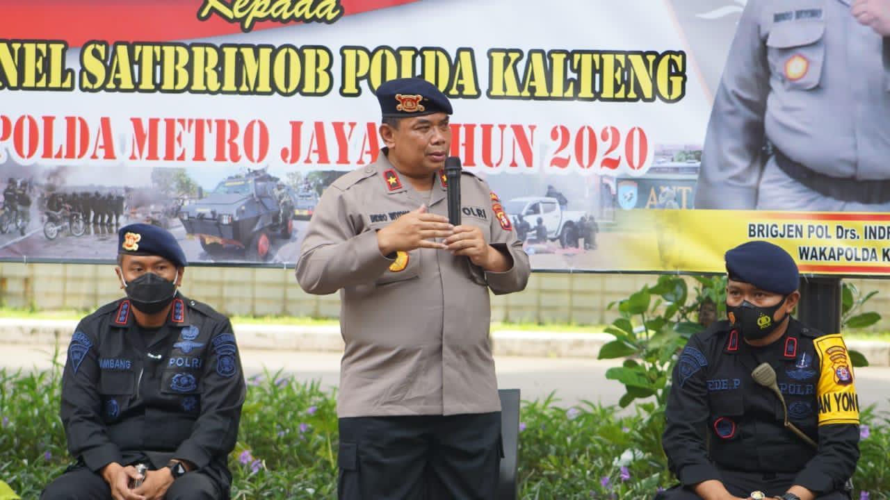 Personel Brimob BKO ke PMJ Terima Kunjugan Wakapolda Beserta Dansatbrimob Kalteng