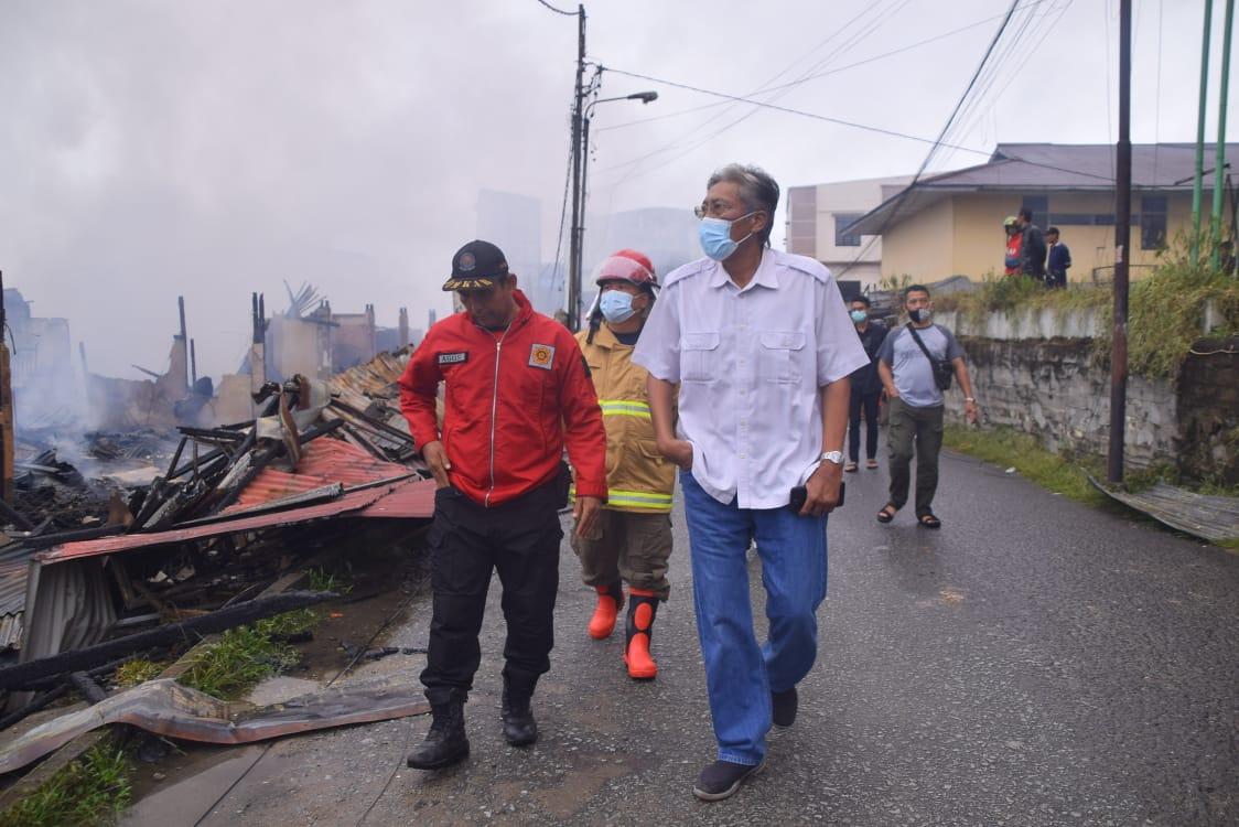 Kepada Korban Kebakaran,Jarot Janji Permudah Izin Mendirikan Bagunan