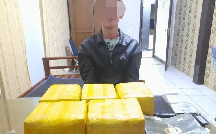 Direktorat Reserse Polda Kalbar Tangkap Pembawa 5 Kg Narkoba